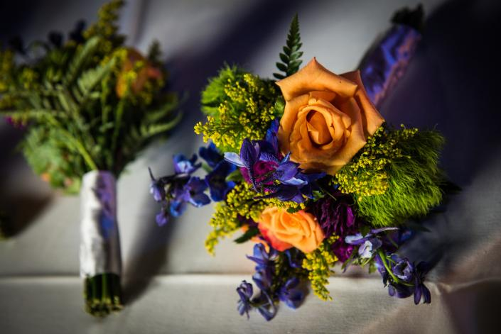 [Image: Front and side view of a pretty bouquet]